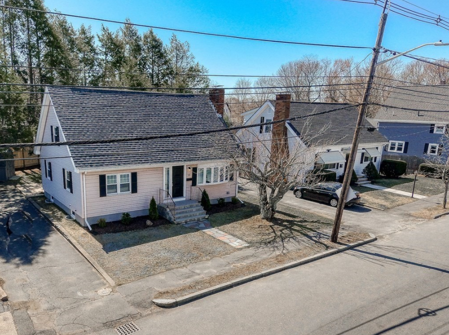 10 Lynnfield Street, Peabody, MA, 01960